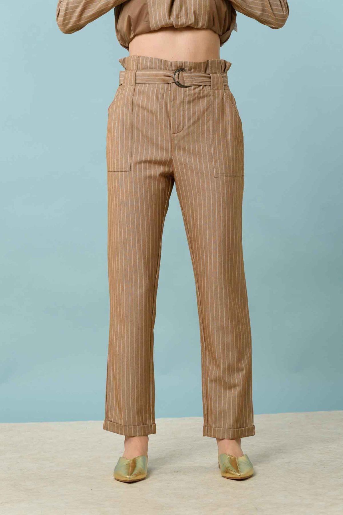 σακάκι με παντελόνι ριγέ